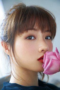石原 さとみ Korean Beauty, Asian Beauty, Satomi Ishihara, Prity Girl, Cute Japanese Girl, Girl Photography, Female Bodies, Pretty Woman, Asian Girl