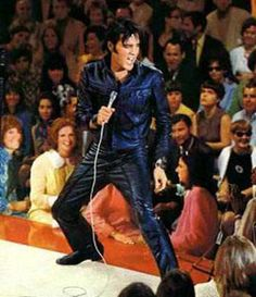 Elvis Presley Index: Black Leather Suit