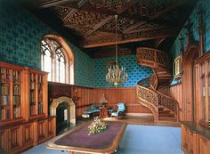 Interiér a schodiště, Lednice