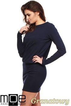 Kobieca sukienka - tunika dresowa z dzianiny dresowej wyprodukowana przez MOE.  #cudmoda #ubrania #odzież #styl #moda #clothes #women #dresses