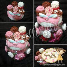 Doces: Potinho de sopinha de bebê decorado em Biscuit.