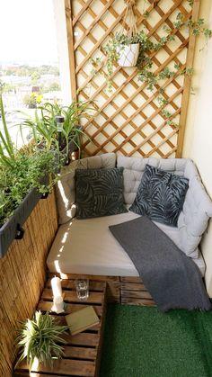 Terrace Decor, Small Balcony Decor, Small Balcony Garden, Balcony Decoration, Balcony Ideas, Indian Room Decor, Ethnic Home Decor, Indian Bedroom Design, Home Room Design