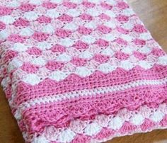 Isn't this the most adorable afghan for a new princess...