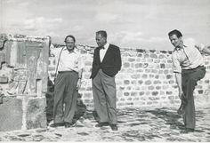 Henry Moore, Rufino Tamayo y Mathias Goeritz en Xochicalco, Morelos, ca. 1950.    Foto: Archivo Olga Tamayo