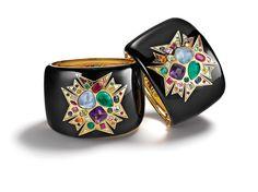 Les manchettes Theodora croix maltaise de Verdura 5   Bijoux   Vogue