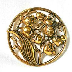Vintage bee brooch