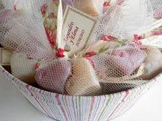 Resultado de imagen para jabones artesanales para bodas
