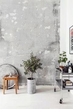 Wabi Sabi interior decor - the latest wall finishes trends - raw concrete walls