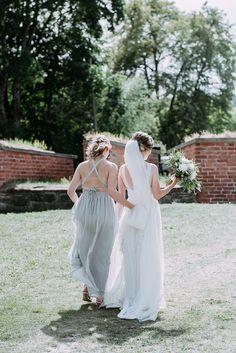 Bridal style, elegant bohemian wedding style, bride and brides maid on a walk, Wedding Photographer Finland, destination wedding Bridal Looks, Bridal Style, Boho Bride, Wedding Portraits, Wedding Styles, Destination Wedding, Bohemian, Elegant, Stylish