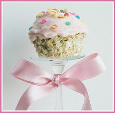 rice krispies cupcake