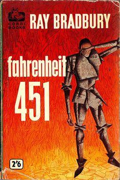 Ray Bradbury - Fahrenheit 451 - a must-read if you love George Orwell, Aldous Huxley, H. Aldous Huxley, George Orwell, Good Books, My Books, Hard Science Fiction, Pulp Fiction Book, Fahrenheit 451, Sci Fi Books, Weird Stories