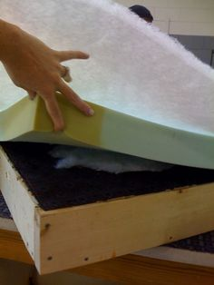 How to Build and Upholster an Ottoman | furniture {reincarnated}