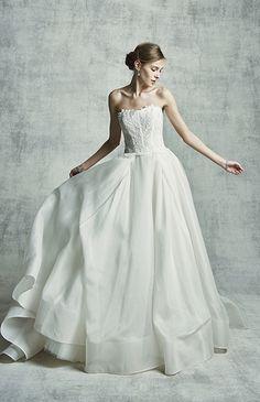 ノバレーゼ No.80-0022 ウエディングドレス 結婚式 My Wedding Favors, Bridal Wedding Dresses, Lace Dress, Dress Up, Beautiful Dresses, One Shoulder Wedding Dress, Wedding Hairstyles, Ball Gowns, Dream Wedding