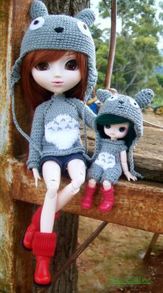 Knitted totoro sweater y crochet hat