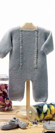 An advanced pattern-finding tool. Baby Knitting Patterns, Arm Knitting, Knitting For Kids, Knitted Baby Clothes, Baby Kind, Garter Stitch, Baby Sweaters, Baby Wearing, Knit Crochet