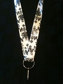 Crafty Soccer Mom: Duct Tape Lanyard