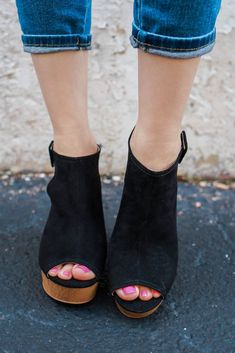 Open Toe Buckle Wood Heel Wedges - Online Clothing Boutique