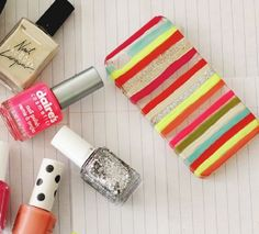 DIY phone case using nail polish! You can even use tape to create stripes! Just a store bought case and your fav polishes!❤️❤️