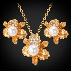 18K Gold Plated Pearls Austrian Rhinestone Necklace Flower Pendant Earrings Fashion Jewelry Set