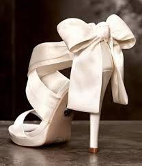 Αποτέλεσμα εικόνας για νυφικα παπουτσια