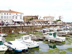 Quaint Villages, Cute Harbours, Great Food: A Day At Ile de Ré via @marievallieres