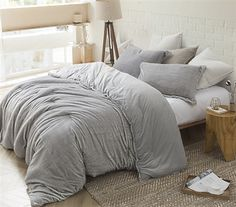 Best Queen XL Comforter for Queen Size Bed One of a Kind Tundra Gray Arctic Fox Coma Inducer Warm and Cozy Soft Queen Bedding Dorm Comforters, King Size Comforters, Twin Xl Comforter, Grey Bedding, Queen Size Bedding, Luxury Bedding, King Size Comforter Sets, Best Comforters, Plum Comforter