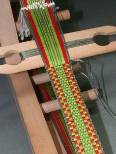 Beginning Inkle Loom Weaving - 2 Sessions Inkle Weaving Patterns, Weaving Textiles, Tapestry Weaving, Loom Weaving, Loom Patterns, Lucet, Card Weaving, Tablet Weaving, Finger Weaving