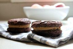 chocolate peanut butter sandwich cookies