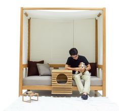 deesawat designs an outdoor seating unit that accommodates humans and their pet