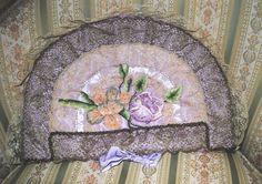 BOUDOIR nightdress case RIBBONWORK Flowers & metallic lace 1920's di villavillacolle su Etsy