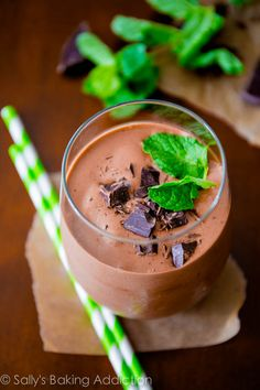 Thick & creamy mint chocolate milkshakes without all the calories and fat. Only 5 simple ingredients!  sallysbakingaddiction.com