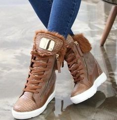 4423f4cf2c47 Kroko oteplené zimné tenisky-2FARBY+REAL! inzercia www.predavajmodu.sk  High. High Top Sneakers