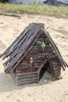 another #tutorial on how to make a #fairy house - good basic Fairy house to use in your rustic Fairy garden… just add to your ideal Fairy landscaping creation!