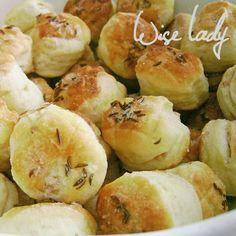 Hájas pogácsa - Anya főztje Garlic, Vegetables, Food, Essen, Vegetable Recipes, Meals, Yemek, Veggies, Eten