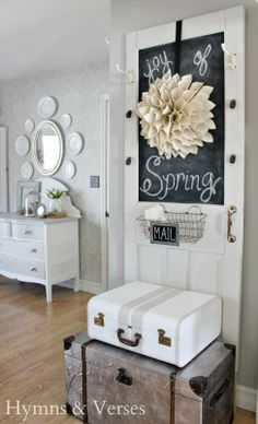 Savvy Southern Style: My Favorite Room.....Hymns and Verses