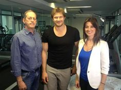 Under fire . Dr Peter Brukner, Shane Watson and Dr Maryanne Demasi on the low carb diet Low Carbohydrate Diet, Low Carb Diet, Dr Oz Weight Loss, Shane Watson, Nutritional Requirements, High Fat Diet, Ways To Lose Weight, Challenges, Coat