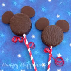 Mickey Mouse Snack Cakes | These Mickey Mouse snack cakes are a quick and easy party favor.  Store bought chocolate snack cakes are simply adorned with a set of dark chocolate ears to create the iconic Disney character. @hungryhappening
