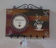 Placa em mdf imitando pallet com aplique em mdf e ferragens. Decora e organiza Decoupage Vintage, Decoupage Art, Coffee Clock, Coffee Art, Decorative Household Items, Handmade Crafts, Diy And Crafts, Wooden Cutouts, Church Crafts