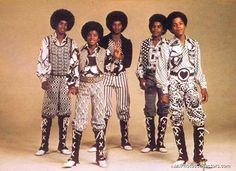 The Jackson 5 -- (L-R Jermaine Jackson, Michael Jackson, Jackie Jackson, Tito Jackson, and Marlon Jackson) The Jackson Five, Jackson Family, Tito Jackson, Jackie Jackson, Jermaine Jackson, Janet Jackson, Music Icon, Soul Music, Familia Jackson