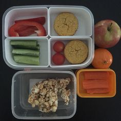 Lunch boxes today : fruit break = carrot sticks *** recess = apple and salted caramel popcorn slice *** lunch = savoury veg muffins, cucumber, capsicum & tomato & mandarin ☺️ popcorn slice from cookbook Cut out the Crap Lunchbox Solutions --- Muffins from Cut out the Crap for Kids  #cutoutthecrap #cutoutthecrapforkids #cutoutthecraplunchboxsolutions #glutenfree #dairyfree #nutfree #soyfree #preservativefree #additivefree #refinedsugarfree #lunchbox #lunch #morningtea #school #food #foodie