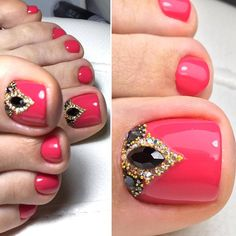 25 cute toe nail art designs - toenail art ideas polished in 2019 nagels,. Pretty Toe Nails, Cute Toe Nails, Gorgeous Nails, Pedicure Nail Art, Toe Nail Art, Red Pedicure, Nagel Bling, Nagel Hacks, Gel Nails French