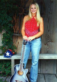 Listen to every Miranda Lambert track @ Iomoio Country Women, Country Girls, Country Music, Country Singers, Country Strong, Country Style, Miranda Lambert Photos, Miranda Lambert Husband, Miranda Blake