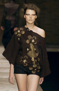 6knitter6:  Laura Biagiotti Fall 2002