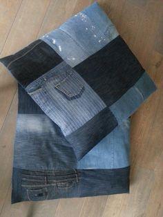 XL woonkussens jeans prijs op aanvraag div. Modellen leverbaar