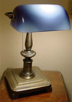 lamp parts to repair antique lamps Bankers Desk Lamp, Cove Lighting, Antique Lamps, Led, Oil Lamps, Lampshades, Shades Of Green, Interior Decorating, Table Lamp