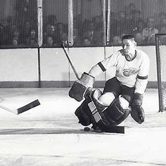 Legends of Hockey - Gallery - Hockey Hall of Fame , 004, Terry Sawchuck