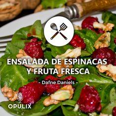 Para este verano tan caluroso se antoja una rica ensalada con espinacas y frutas de temporada ¡que a todos nos gusta!