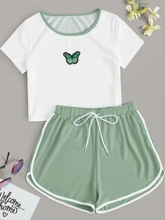 Really Cute Outfits, Cute Lazy Outfits, Pretty Outfits, Stylish Outfits, Comfy Teen Outfits, Girls Fashion Clothes, Teen Fashion Outfits, Kids Outfits, Clothes For Tweens