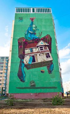 A small selection of photographs to discover the Street Art of Polish artists SAINER and BEZT from the ETAM CRU. Between acrylic paintings and gigantic murals, some monumental and impressive creations, colorful and full of poetry!