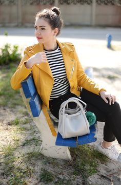 Juliette - Kitsch is my middle name - Blog Mode - Rennes: YELLOW PERFECTO